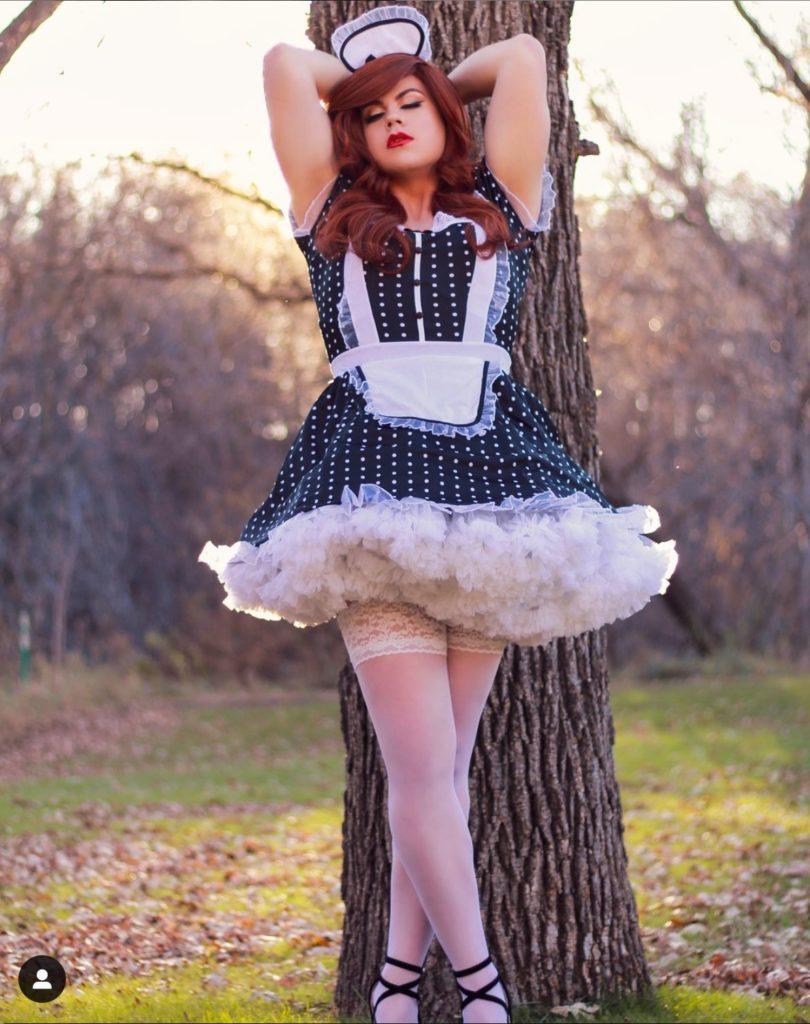 crossdresser georgia in sissy maid uniform