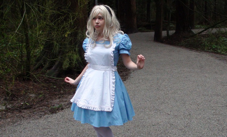 Alice in hell - Crossdressing story