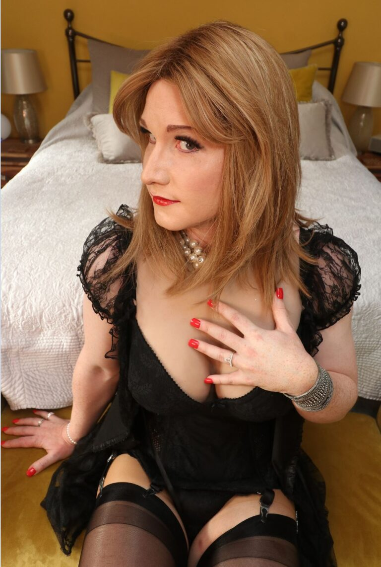 chateaufemme crossdressing service
