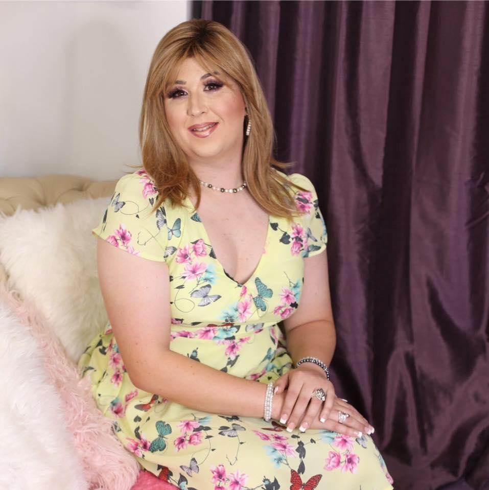 Crossdresser Kate Fox