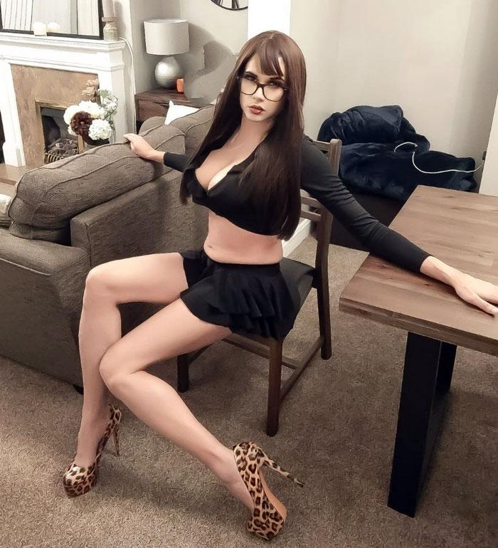 Kayla crossdressing in high heels