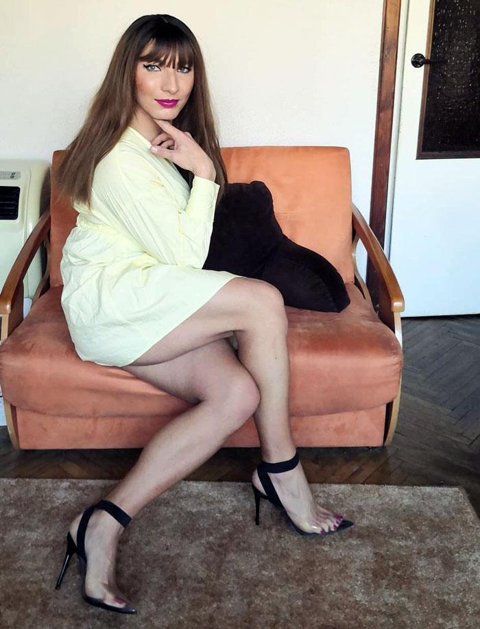 Crossdresser Kasia in heels