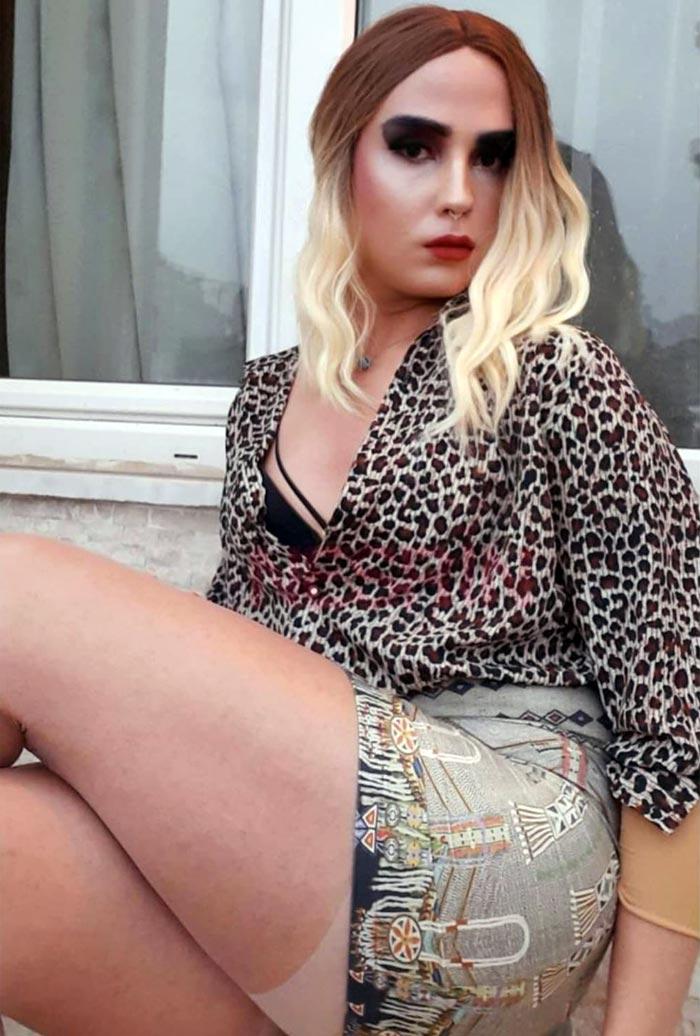Nesrin crossdressing in mini skirt