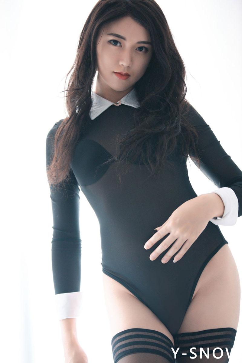 beautiful crossdresser YQ-颖琪
