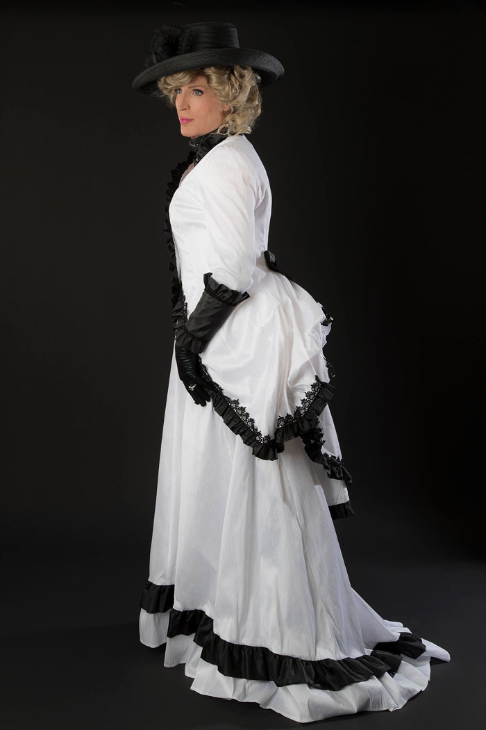 Tina crossdressing in period look