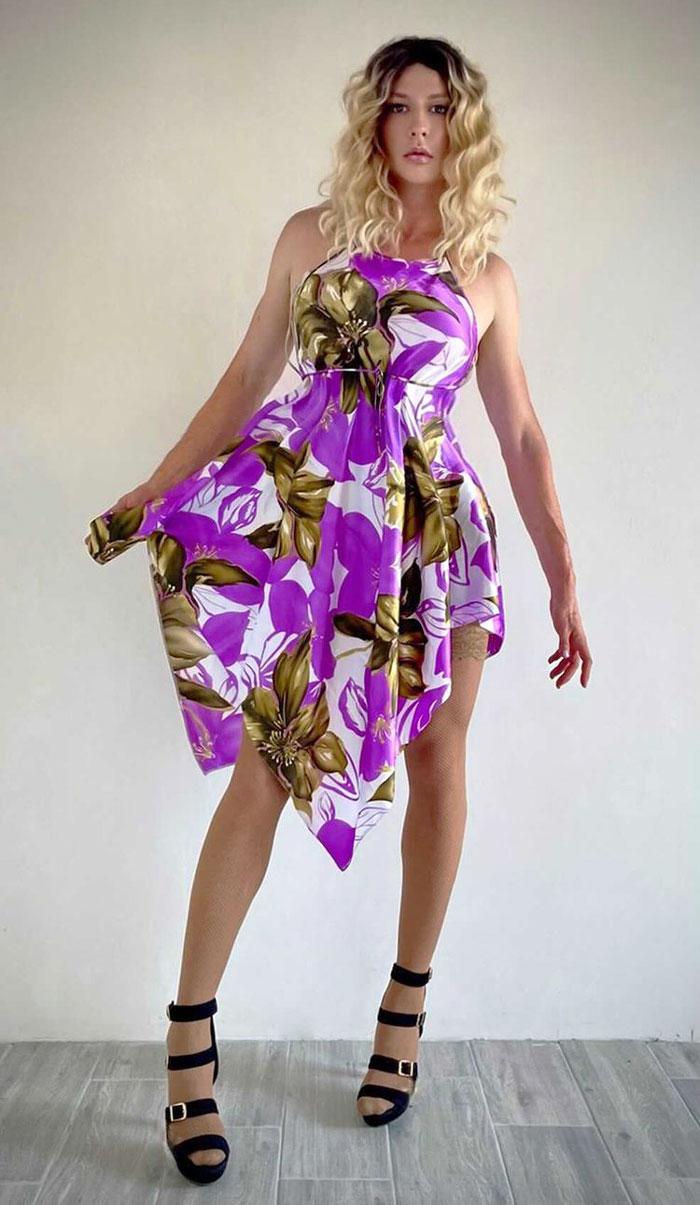 Crossdressing in asymmetric dress