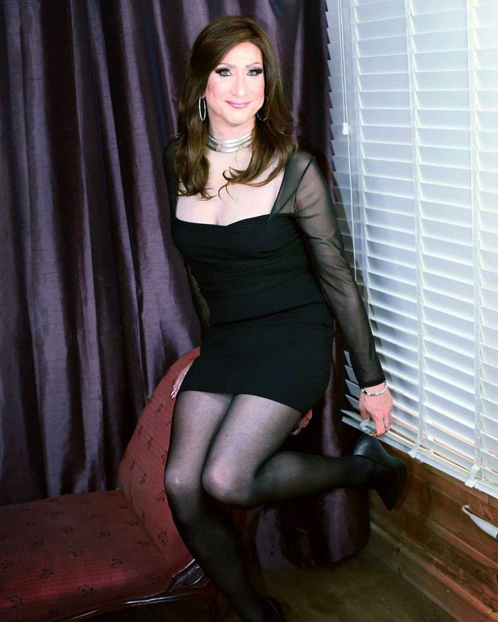 Lovely crossdresser Esme