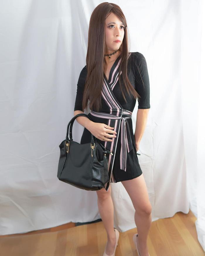 Beautiful Asian crossdresser